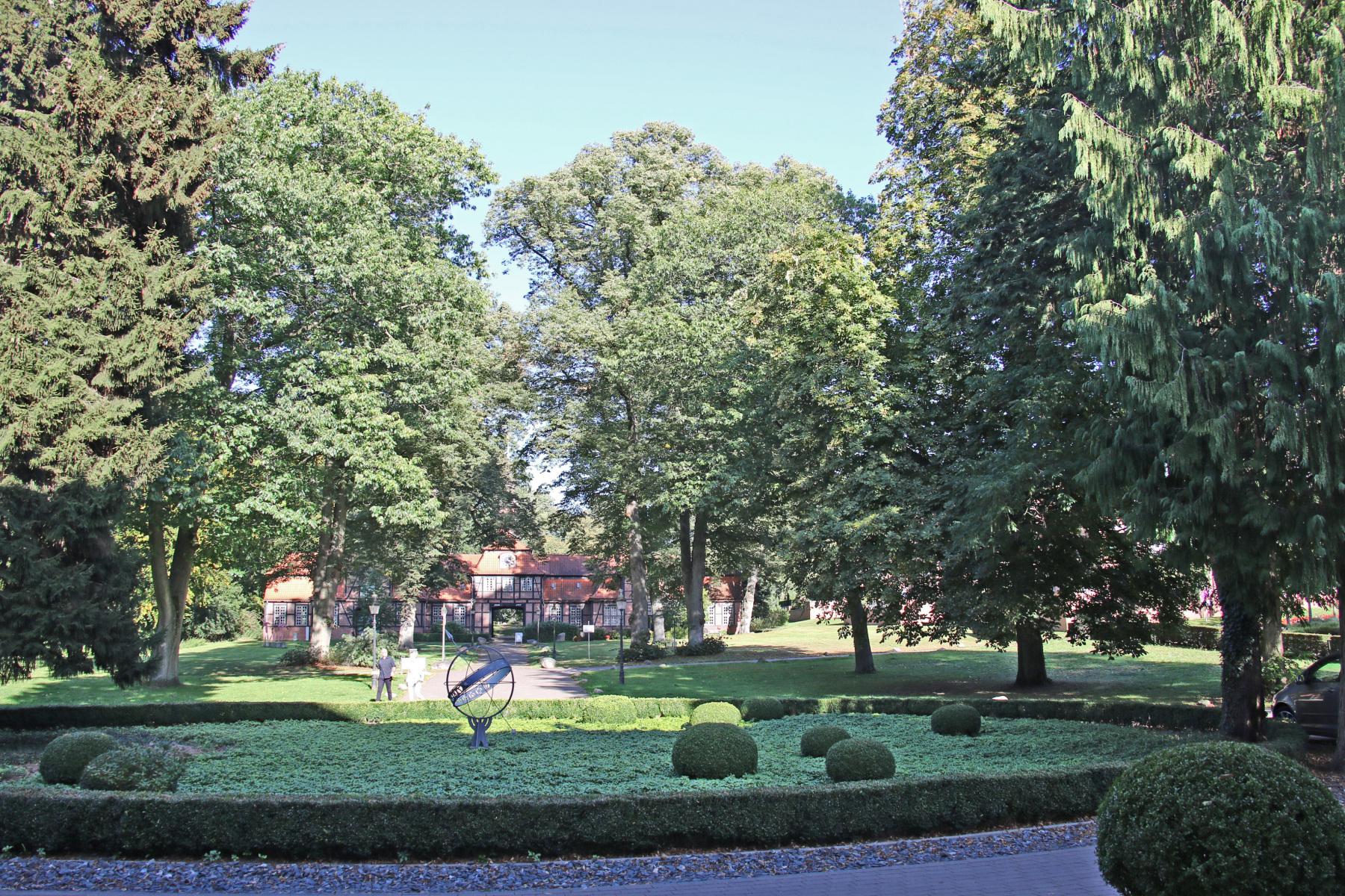 hamburg wellingsbuettel park herrenhaus